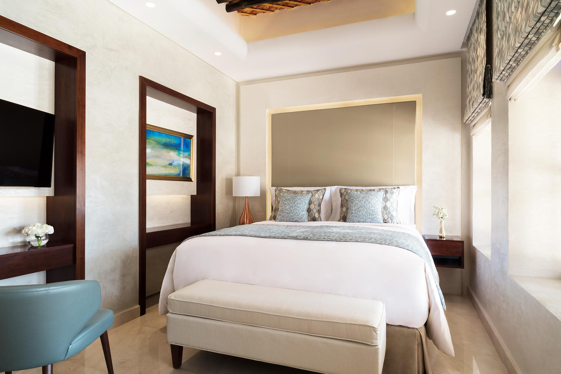 Souq Al Wakra Hotel Qatar by Tivoli - Junior Suite Bedroom